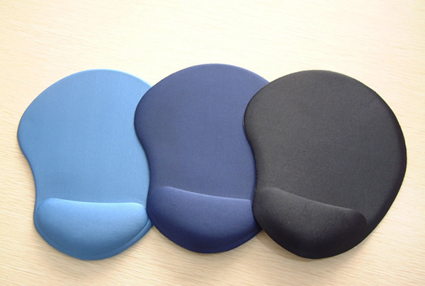 Rubber Mouse Pad with sponge wrist rest