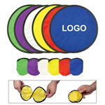 Folding flying disc